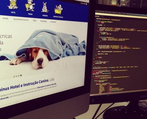 website em Wordpress   Logo Design   GRAPHIC & WEB DESIGN